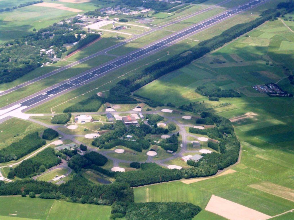 Luftbild des Fliegerhorst Büchel